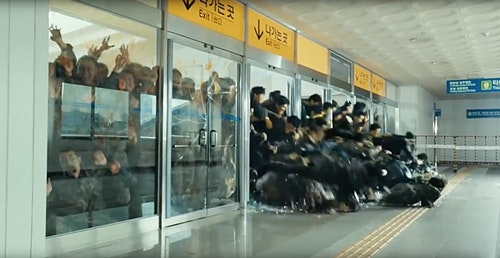屍速列車 Train-To-Busan-Zombie-Breaking