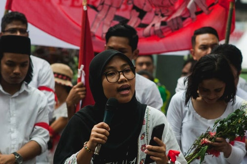 ainina_in_a_demonstration_for_academic_f